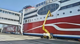 VIKING LINE (XPRS ship) superstructure painting